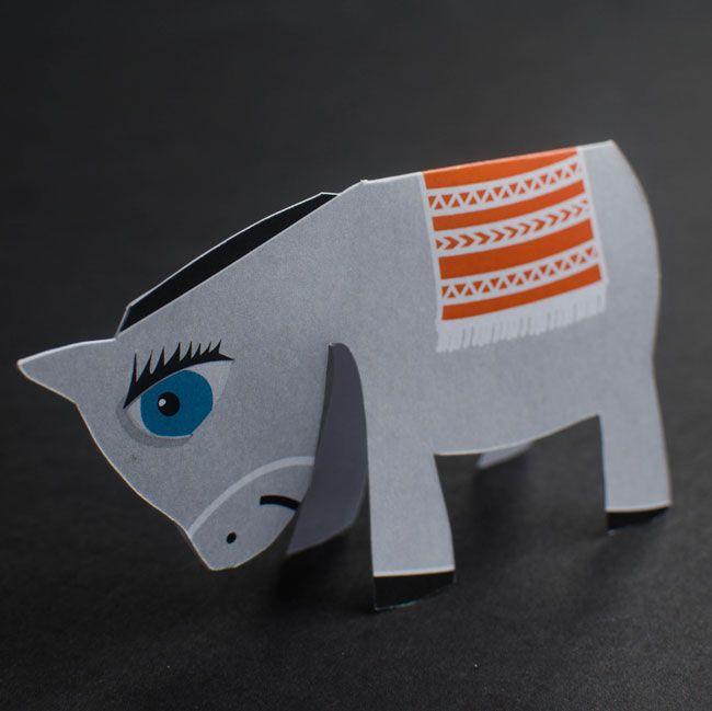 Palm Sunday paper craft donkey - Free Printable from www.paperloving.com