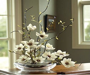 Such a beautiful and delicate artificial flower arrangement