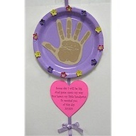 Cute mothers day craft idea to do with the daycare kids.. :)