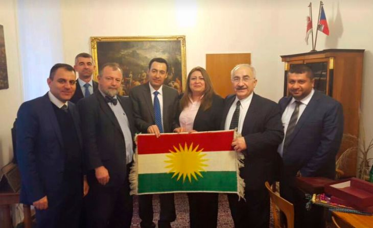 kurdish people kurdistan  S poslanci Kurdského Parlamentu s ředitelem zahraničního odboru prezidenta České republiky Hynkem Kmoníčkem 21.12.2015