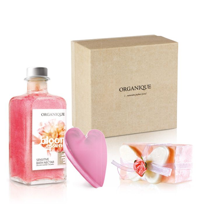 Set Sweet Dream. Natural Glycerine Soaps and Bloom Essence Bath Nectar. #organique #beauty #skincare