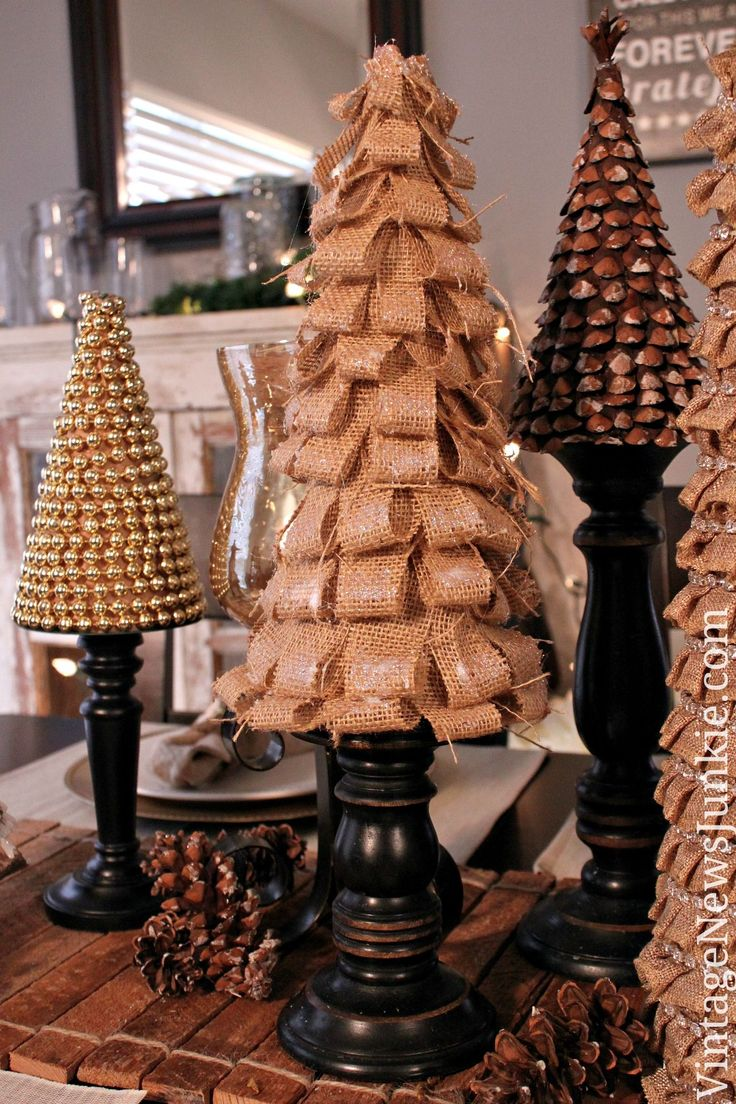 Modern metal christmas tree - Diy Burlap Christmas Tree Video Tutorial 12daysoftrees