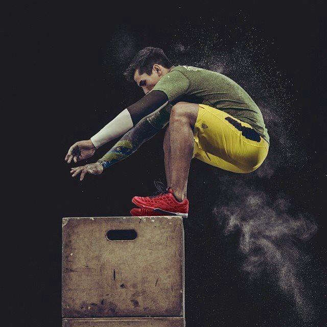 crossfit box jumps  3