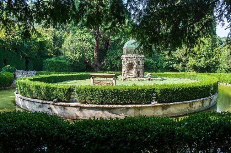 giardini di Villa Barbarigo a Valsanzibio  isola dei conigli
