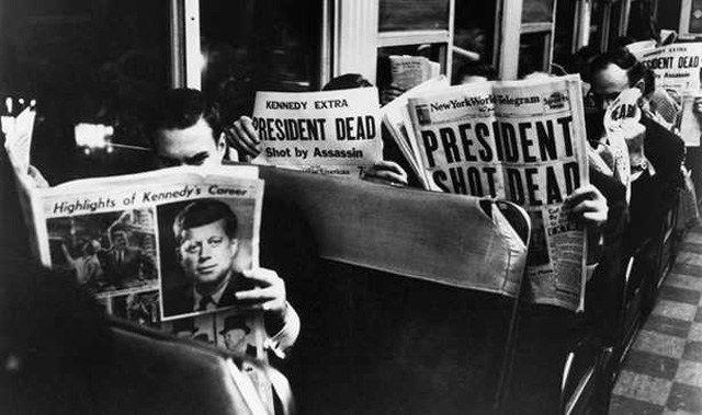 Als im Nachgang des Kennedy-Attentats Zweifler an der offiziellen Darstellung immer mehr Einfluss gewannen, entwickelte die CIA 1967 eine Strategie, um diese zu diskreditieren. Die heute noch belie…
