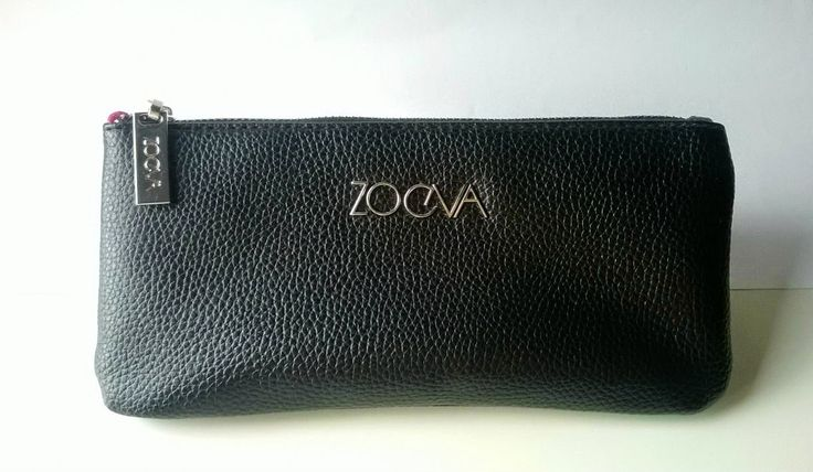 A peek into my #closet: #Zoeva  #brushbag or #clutch? Both!