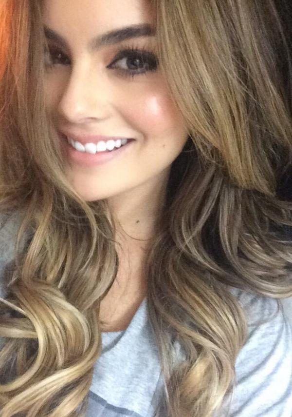 Ximena Navarrete hair