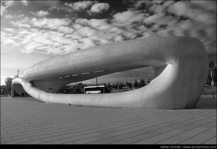 NIO Architecten / Bus Station at Spaarne Hospital (2003), Hoofddorp, Netherlands
