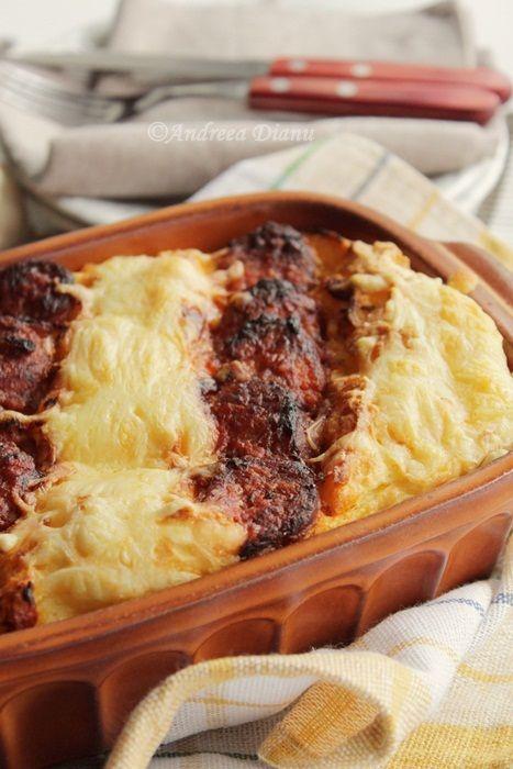 Sufleu de cartofi cu carnati