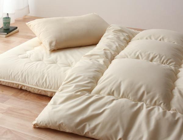 The Japanese Shikifuton mattress makes a cozy, minimalist sanctuary.