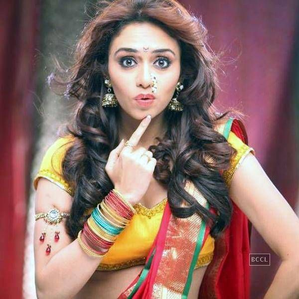Amruta Khanvilkar Though known for her frank attitude, the actress confess that she is not comfortable with intimate scenes. (Pic: Tejas Nerurkar)