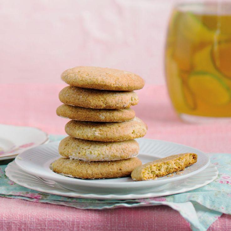 Green tea snap biscuits - MyKitchen