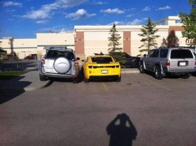 25 Bad Parkers Who Got A Swift Visit From Karma