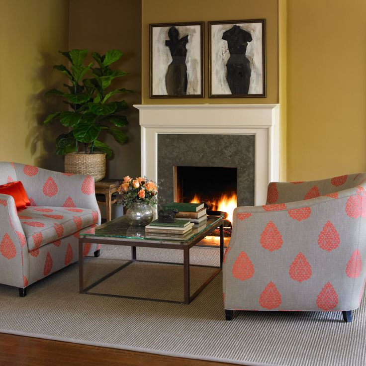 Dunn-Edwards Paints Paint Colors: Walls: Warm Butterscotch DE6151; Trim: Historic White DET653
