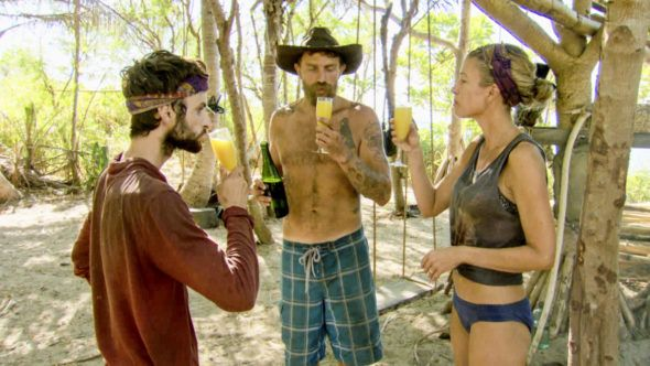 TV Ratings: Survivor had less viewers for its finale on a night filled with reruns and specials. https://tvseriesfinale.com/tv-show/wednesday-tv-ratings-survivor-star-will-grace-modern-family-top-12-greatest-christmas-movies/?utm_content=bufferd82b9&utm_medium=social&utm_source=pinterest.com&utm_campaign=buffer What did you watch last night?