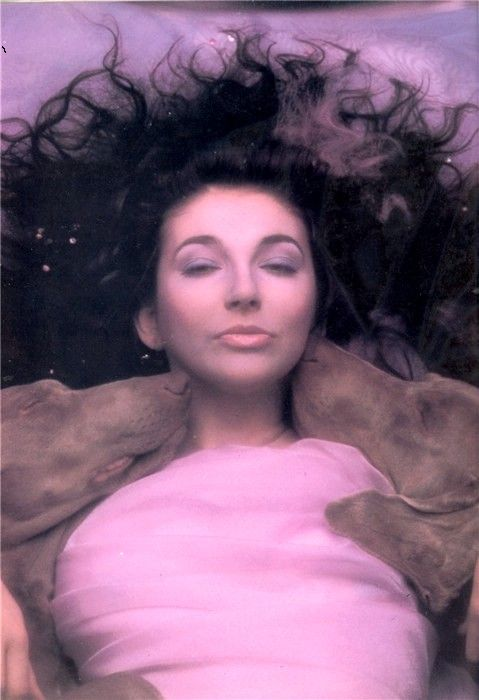 The Hounds of love,my favourite album of hers,& this is my favourite photo of her
