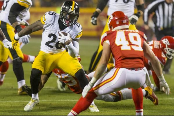 PITTSBURGH -- The biggest story of the Pittsburgh Steelers offseason had some closure -- for this year, at least -- when star running back…