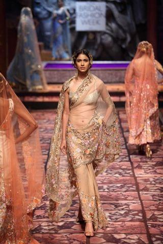 Suneet Varma. IBFW 13'. Indian Couture.