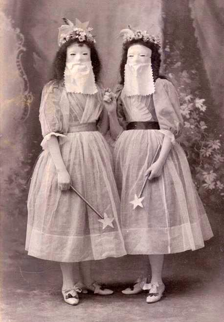 Wand Ladies - what a strange photo.....Megan, do,you think that would have been us back in the day?