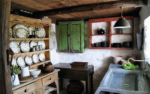 Now THIS is a 'utt' kitchen - of Ty Unnos - available for hols: http://www.underthethatch.co.uk
