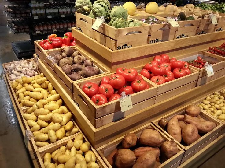 Bedýnky v obchodě se zeleninou od SKYWANDER