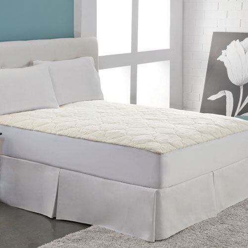 White Cotton Fleece Queen Mattress Pad - (In No Image Available)