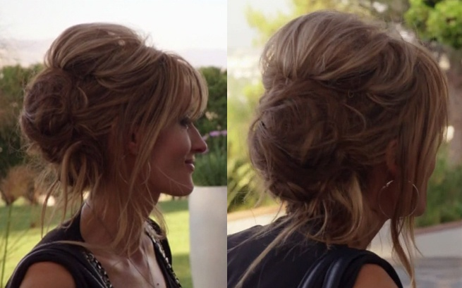 Karen from Californication. I MUST learn how to do this to my hair.
