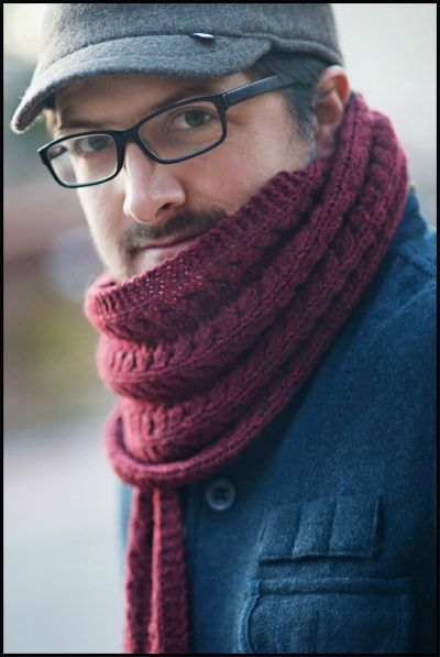 Мужской шарф, связанный спицами двусторонним узором. Pavement by Jared Flood.