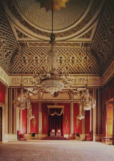 バッキンガム宮殿「玉座の間」。イギリス王室のまとめ