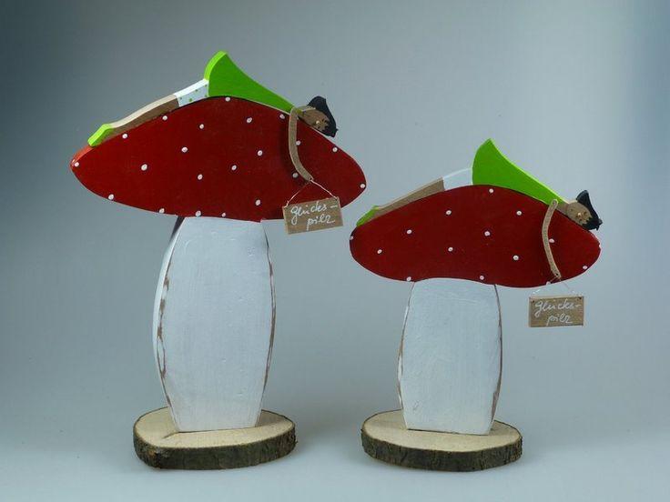 Holzfigur - Glückspilz - Fliegenpilz von mw-holzkunst auf DaWanda.com