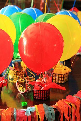 Hot air balloon party favor!