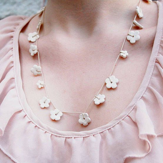 Ceramic Daisy Chain Necklace