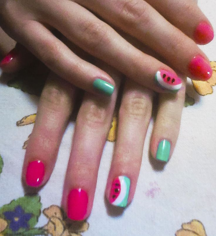 #nails #nail #art #mani #manicure #watermelon #watermelonnalis