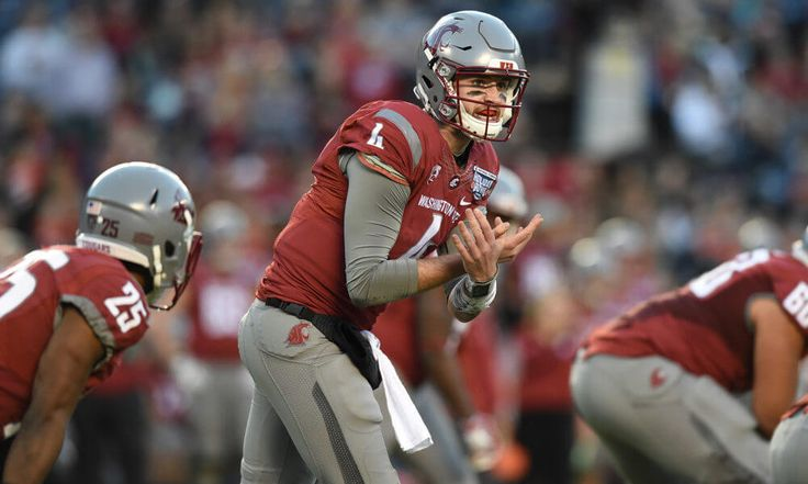 West Coast Wednesday | Quarterbacks rule out West in 2017 = In the meteoric rise of USC's Sam Darnold is a parallel for the state of the quarterback position out West in 2017. A year ago at this time, Darnold — currently the most hyped quarterback ahead of the 2017 season — was a relative unknown outside of Southern California. He didn't start until Sept. 23, and only…..