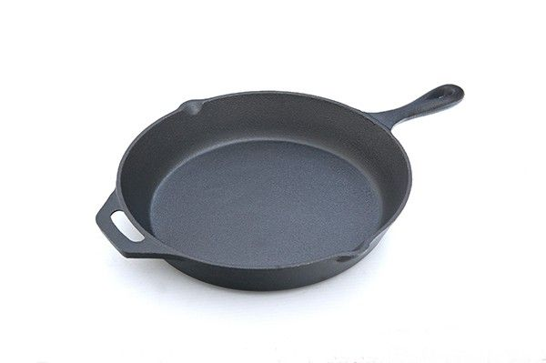 Adventure Kings Cast Iron Skillet Pan (Diameter 33cm)
