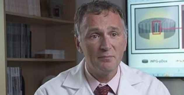 """CANCRO, È SVOLTA! LO SCIENZIATO ITALIANO: """"DISTRUGGE LA MALATTIA""""  E' stato messo a punto un farmaco composto da nanoparticelle in grado di penetrare direttamente nelle metastasi causate dal cancro al seno in organi come polmoni e fegato, distruggendole. Il nuovo nanofarmaco, scrive l'Ansa, è stato sperimentato al momento solo su topi, con risultati che …"""