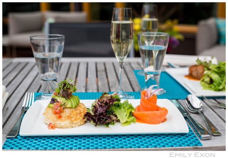 Enjoy a fabulous lunch at Azuridge! www.emilyexon.com