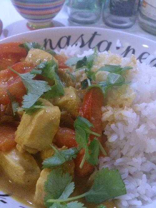 Kruidige curry van kip en kokos. (low-FODMAP)