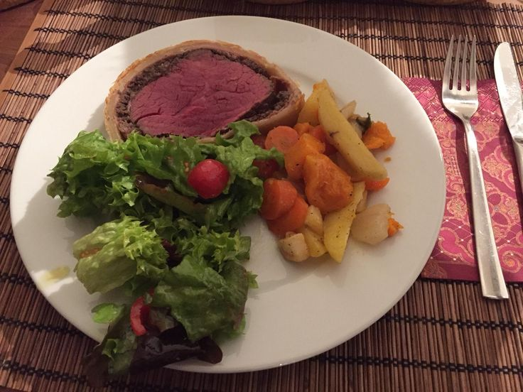 [Homemade] Beef Wellington as Gordon Ramsey does it on youtube http://ift.tt/2hdjbTx #TimBeta