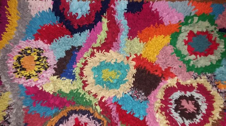 T-shirt carpet, by Ugly Bag