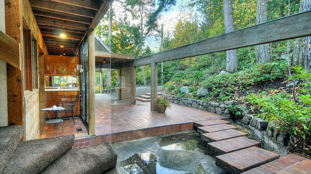 Staples Residence  West Vancouver , BC. Erickson Massey Architects ( Bruno Freschi ). Year: 1967