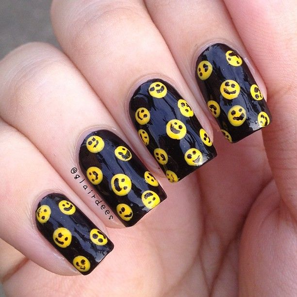 Smiley Face Nails OMG!!!!! Smiley Face I must have  By Ragan