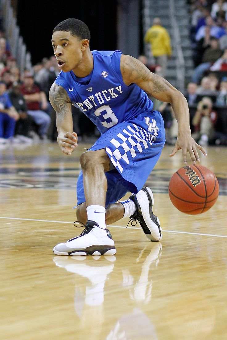 Tyler Ulis will be joined in the backcourt by freshman Isaiah Briscoe, who Calipari said could complement Ulis similar to how Eric Bledsoe did with John Wall in 2010. (photo by Chet White, UK Athletics)