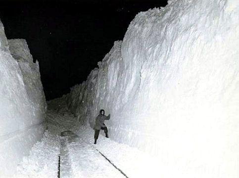 Best Blizzards Storms Floods Images On Pinterest Snow Storms
