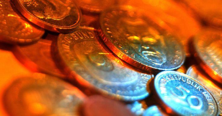El valor de las monedas alemanas antiguas . La mayoría de las monedas alemanas antiguas proviene de tres eras de la historia alemana previas a la Segunda Guerra Mundial; la era de los estados germánicos independientes, el segundo imperio de la Alemania Unificada y la reconstruida República de Weimar posterior a la Primera Guerra Mundial.