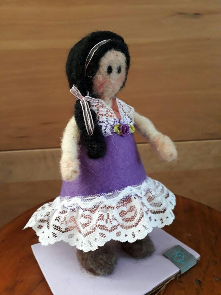 Niña Violeta  @NubeOvejadelsur  Hilda_Cristy