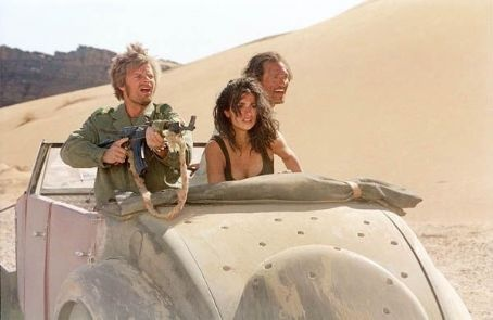 "(Left to right) Steve Zahn as Al Giordino, Penelope Cruz as Eva Rojas and Matthew McConaughey as Dirk Pitt in ""Sahara."""