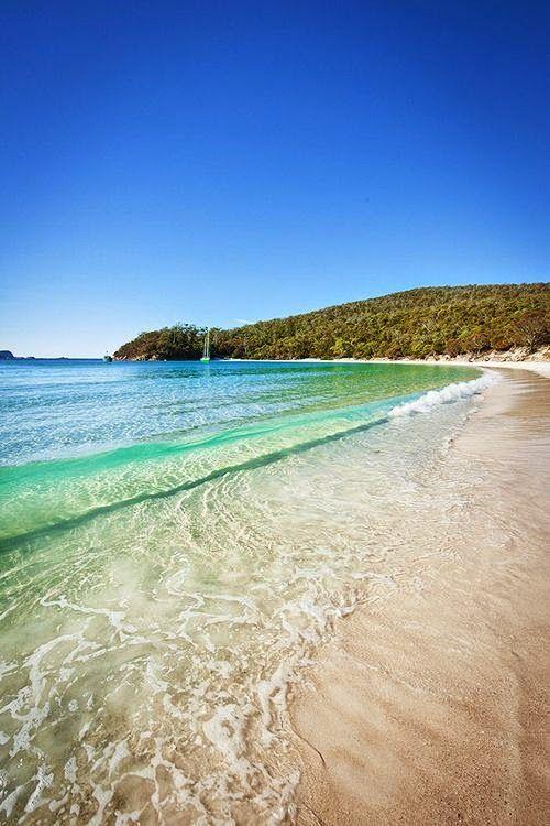 Wineglass Bay, Freycinet, Tasmania