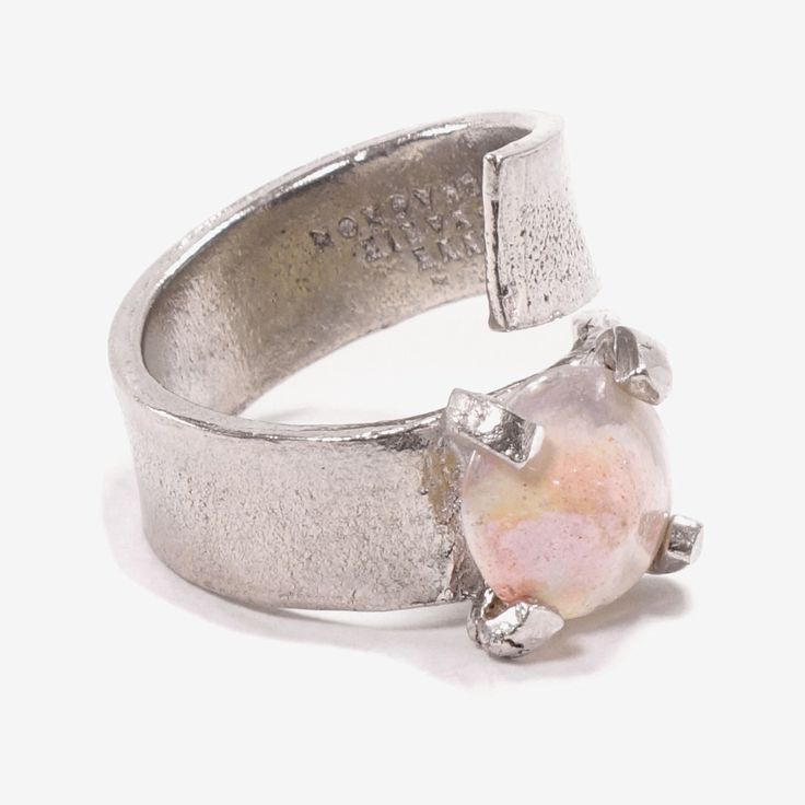 Borasco - 2017 Named after a fervent wind in the Mediterranean, usually accompanied by thunder and lighting, Borasco has a dynamic design. A single Sahara rose glass stone is affixed to a double-wrapped pewter band.