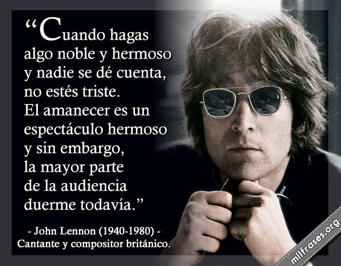 John Lennon, cantante y compositor británico.